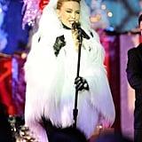 Kylie Minogue, 2010