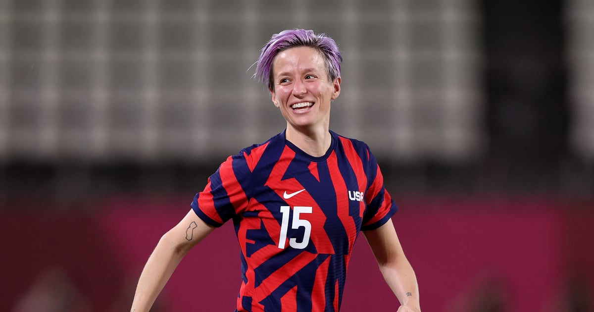 """Watch Megan Rapinoe Casually Defy the Laws of Physics to Score This """"Olimpico"""" Goal"""