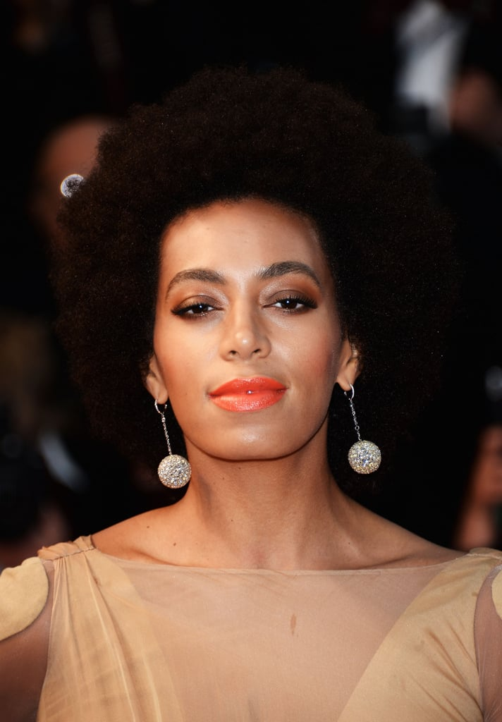 Solange Knowles wore Chopard drop earrings.