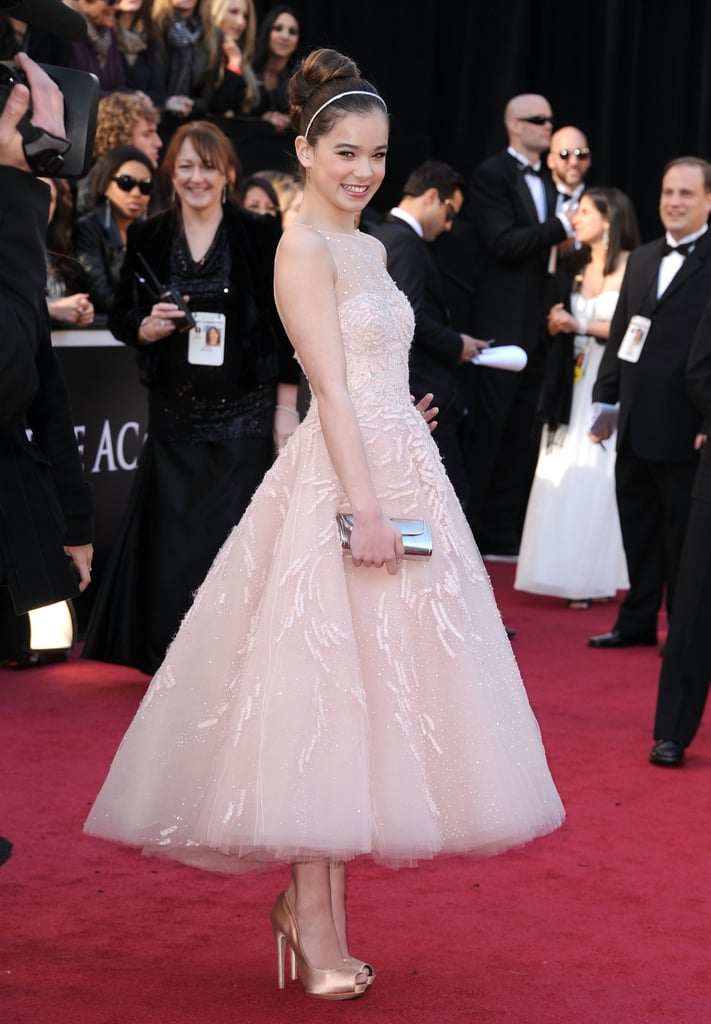 Hailee Steinfeld wowed in Marchesa on the red carpet at the Oscars —what do you think of her look? The best supporting actress nominee is making her first-ever appearance at the Academy Awards thanks to her star turn in True Grit. She's been a staple of award season so far, even clinching a statue at the Critics' Choice Awards. Weigh in on all the night's gowns with Fab and Bella's love it or hate it polls and make sure to check out our livestream!