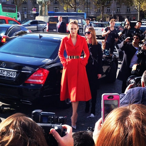 8baa6d8bf3a1 Leelee Sobieski was stunning in red as she arrived for the Dior show ...
