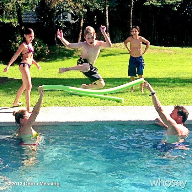 Debra Messing and family enjoyed the last days of Summer by the pool!  Source: Instagram user therealdebramessing