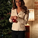 Glee Rachel decorates the Christmas tree.
