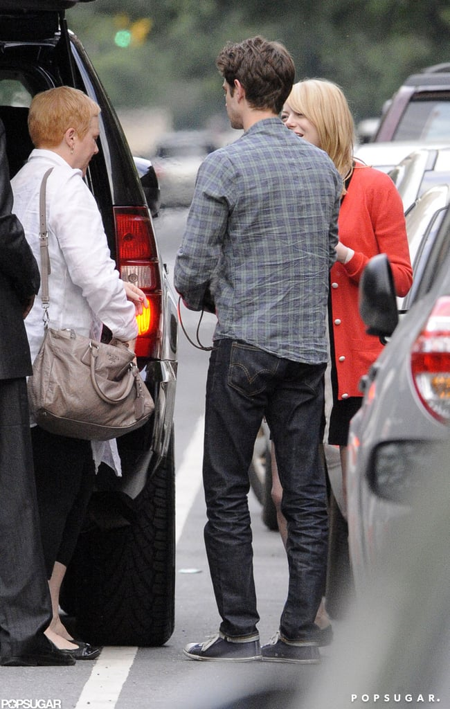 Emma Stone and Andrew Garfield accompanied her mom to the car in NYC.