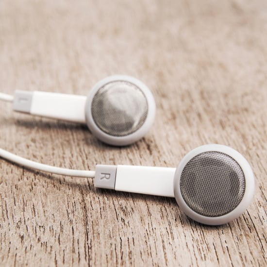 How to Properly Clean Your Earbuds and Earphones