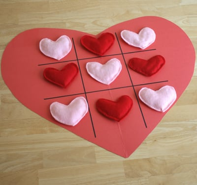 For Valentine's Day: Tic-Tac-Toe Heart