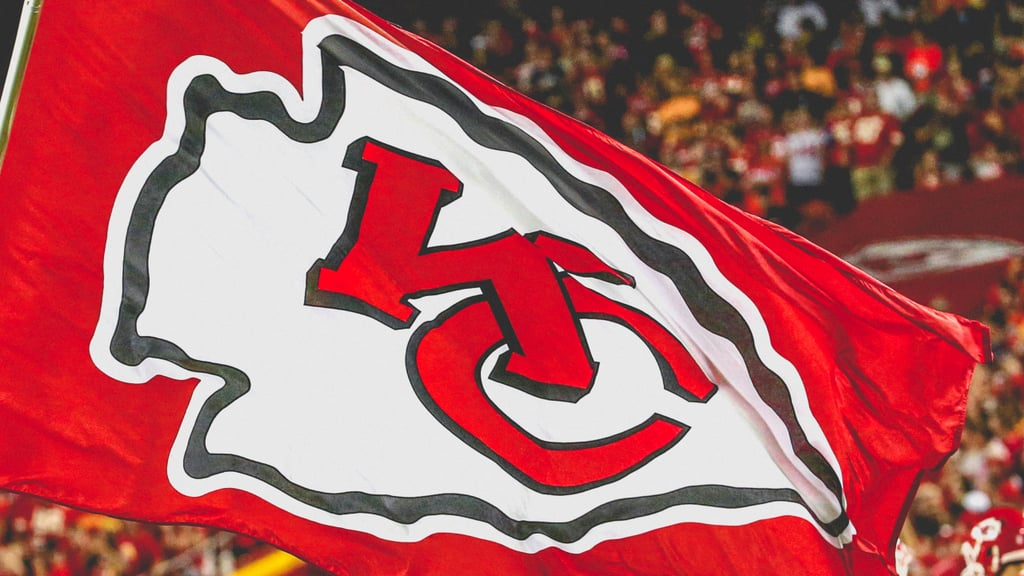 Kansas City Chiefs Flag Zoom Background