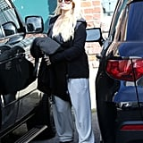 Jessica Simpson wore sweats to shop.