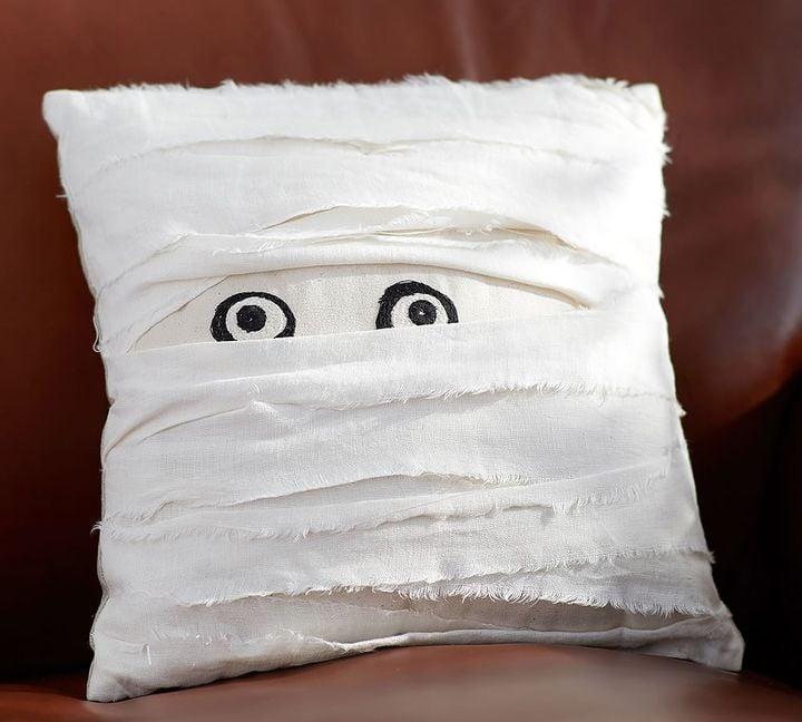 Pottery Barn Mummy Decorative Pillow 3250 Cheap Halloween