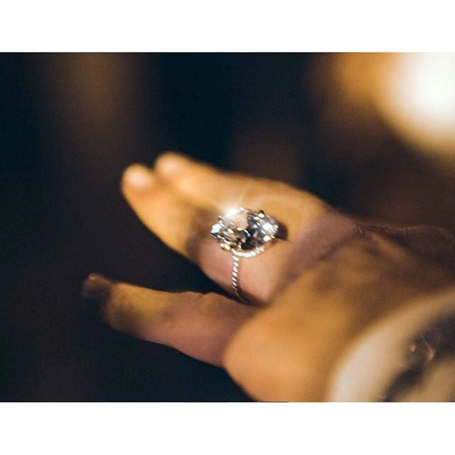 Diamond Ring Emoji