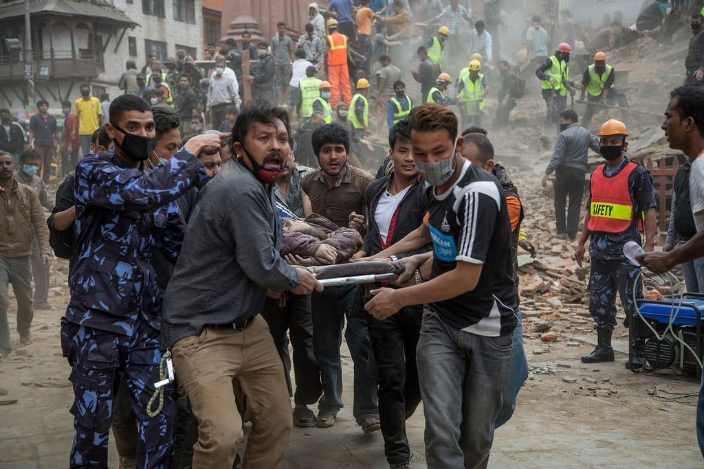 Heartbreaking Pictures Show the Aftermath of the Nepal Earthquake