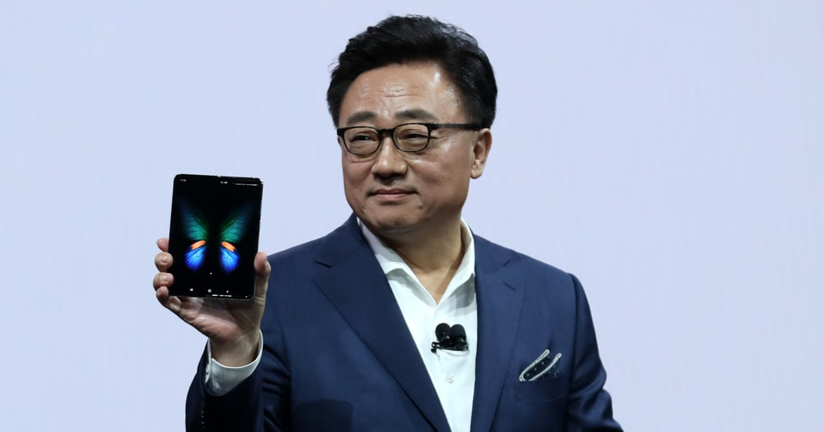 Samsung Is Releasing a Foldable Smartphone, and Our Wallets Are Trembling