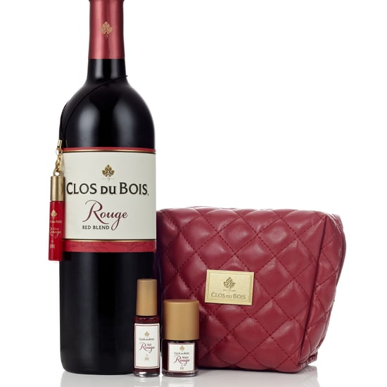 Clos du Bois Rouge by Pixi Makeup and Wine Set