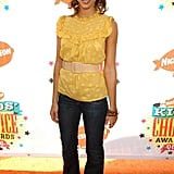 Jessica Alba stood out in yellow at the 2006 Kids' Choice Awards.