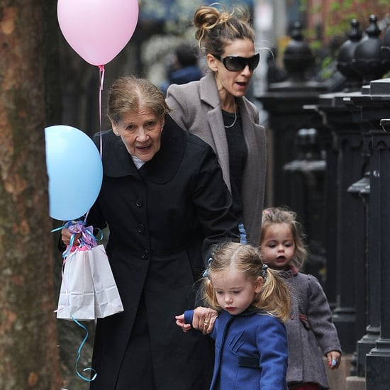 Sarah Jessica Parker With Birthday Balloons in NYC Pictures