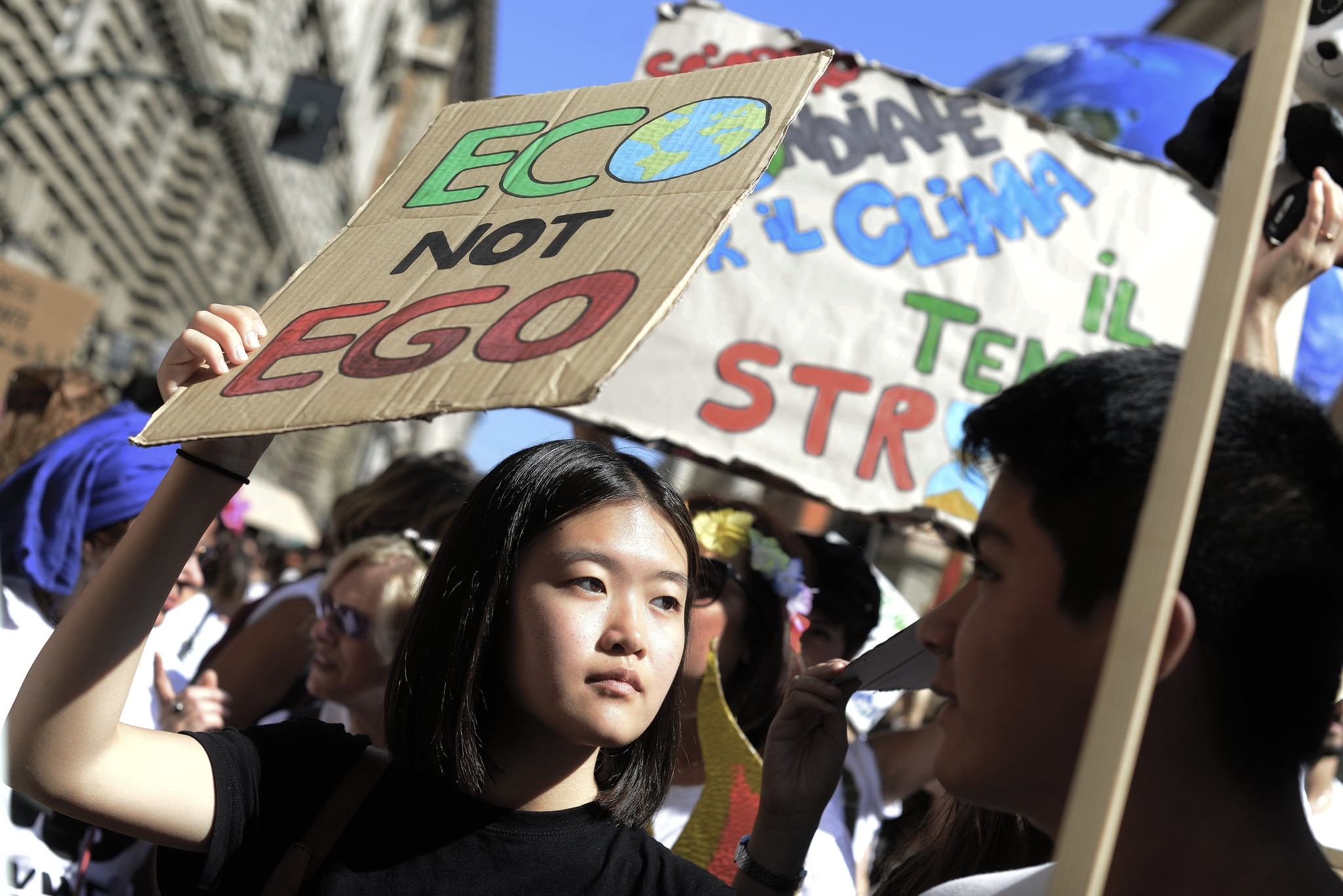 ROME, ITALY - SEPTEMBER 27: Thousands of students participate in the Global Strike For Future, the general strike for the planet launched by 16-year-old Greta Thunberg who has become a symbol of the fight against climate change, on September 27, 2019 in Rome, Italy. (Photo by Simona Granati - Corbis/Corbis via Getty Images)