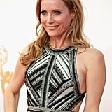 The red carpet doesn't always require on over-the-top makeup moment. Leslie Mann kept the focus on her natural beauty.