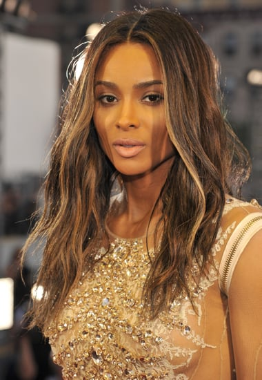 Ciara-kept-focus-her-new-brunette-strands-classic-makeup