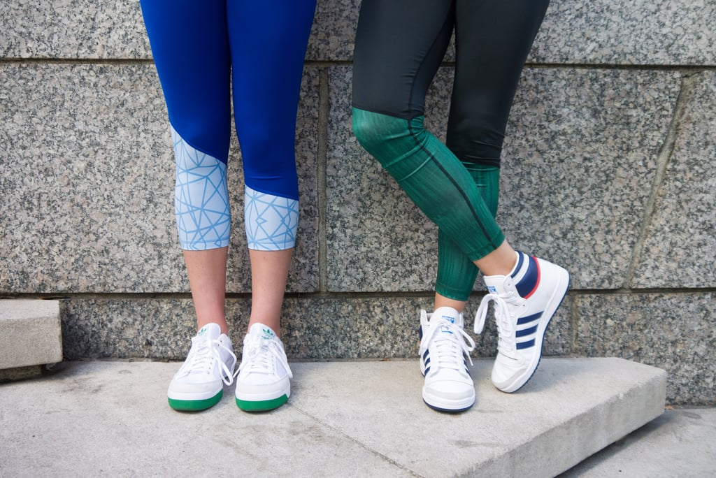 This Is How You Wear Your Workout Gear to the Bars Source: POPSUGAR Photography / Sarah LipoffThis Is How You Wear Your Workout Gear to the Bars October 20, 2015 by Rebecca Brown paid for by adidasChat with us on Facebook Messenger. Learn what's trending across POPSUGAR.1.6K Shares Not sure what to wear to the bar after a workout? We partnered with adidas to find perfect athleisure that works for fitness and for fun. Barre class is over and your friend just texted you and asked you to come meet her at your favorite pub. If you go home to change, it's going to tack on at least an hour (you're not the fastest showerer), so it's best to go as is and throw on a few pieces to modernize your look. Ahead, all the fashion inspiration you need for your next barre-to-bar jaunt. 1Class has endedImage Source: POPSUGAR Photography / Sarah LipoffAn ikat-print poncho and chambray top are the perfect additions for a blue-toned outfit. 1 / 8 2Dress up a sweatshirtImage Source: POPSUGAR Photography / Sarah LipoffThrow on a pri - 웹