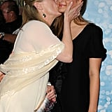 Meryl gave Louisa a sweet kiss on the cheek at the NYC premiere of Mamma Mia! in 2008.