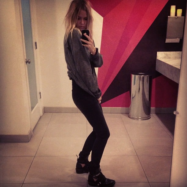 Lara Bingle worked her side angles in a pair of cool Cotton On jeans. Source: Instagram user mslbingle
