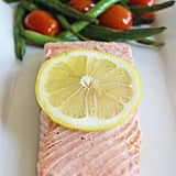 Lunch: Baked Salmon With Green Beans and Tomatoes