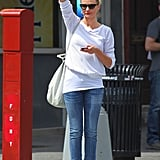 Cameron Diaz hailed a taxi in NYC.