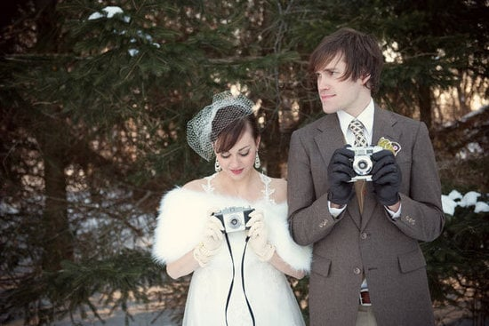 Looking for a simple way to swap wedding photos with your friends? Geek has five easy ways to share.