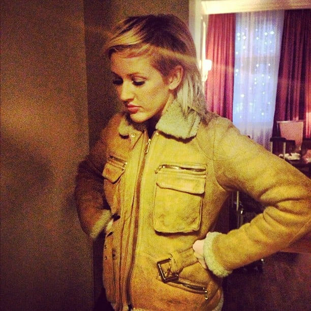 Ellie Goulding got her Mulberry aviator jacket out again.  Source: Twitter User EllieGoulding