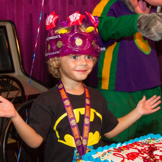 How to Plan a Party at Chuck E. Cheese's
