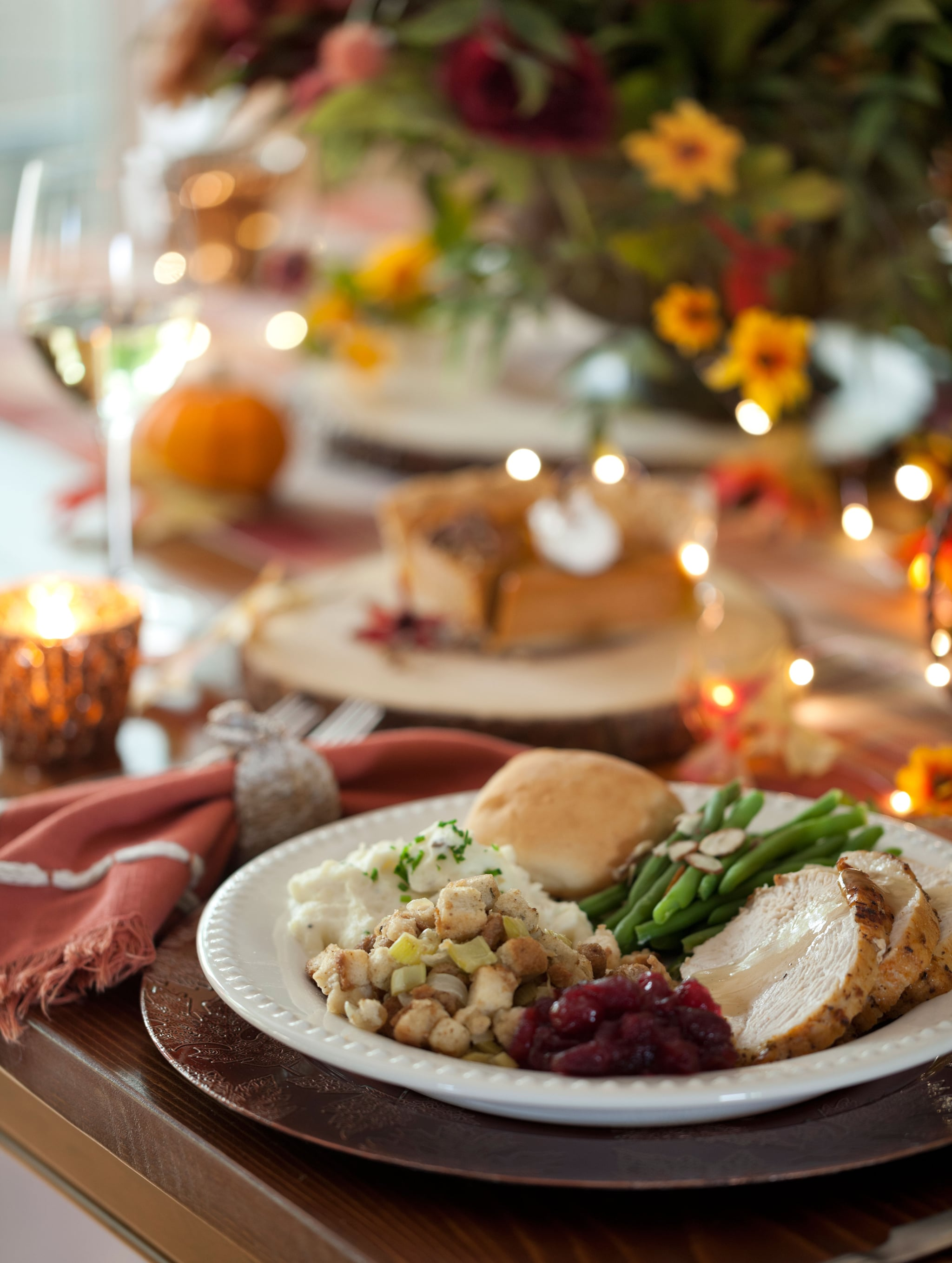 A Dietitian Shares a Delicious Tip to Prevent Binge Eating and Feeling Like Crap on Thanksgiving