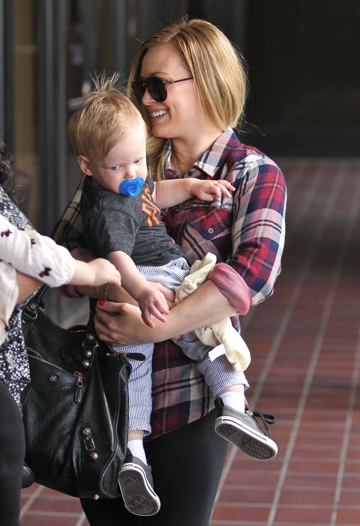 Hilary Duff smiled as she and Luca Comrie attended class in LA.