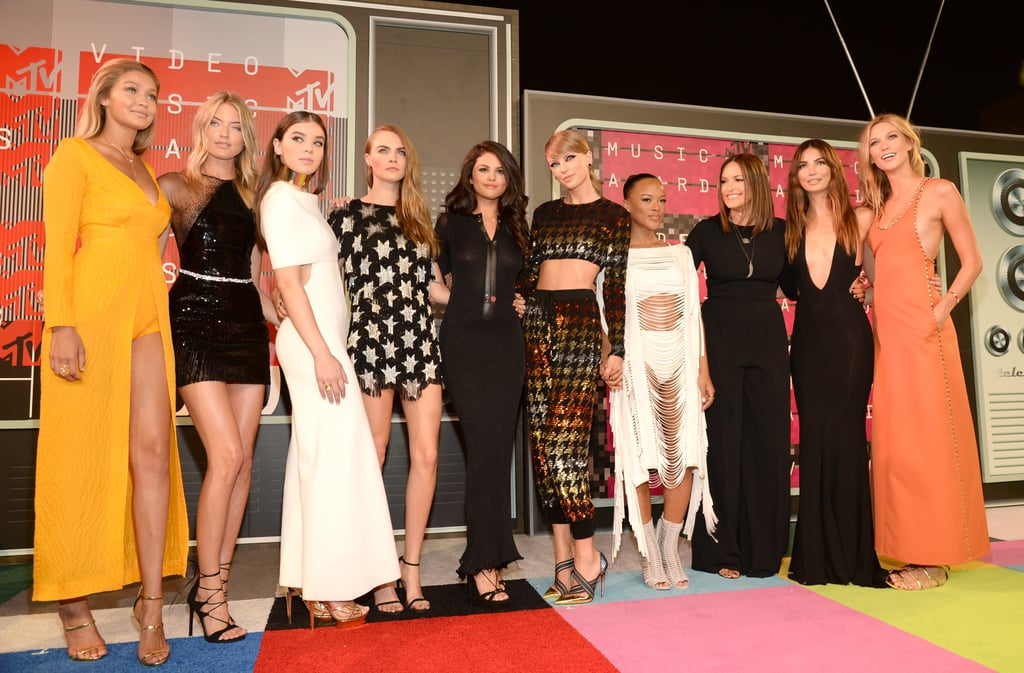 Taylor Swift With Her Friends at the 2015 VMAs