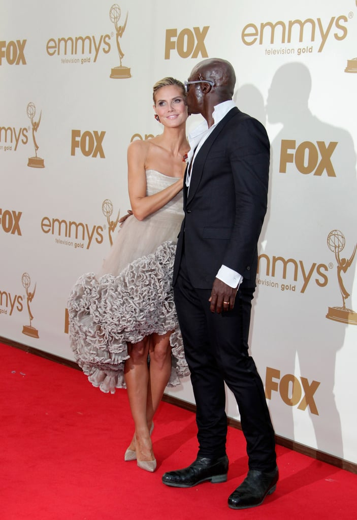 Seal gave Heidi Klum a kiss on the red carpet at the 2011 Emmy Awards.