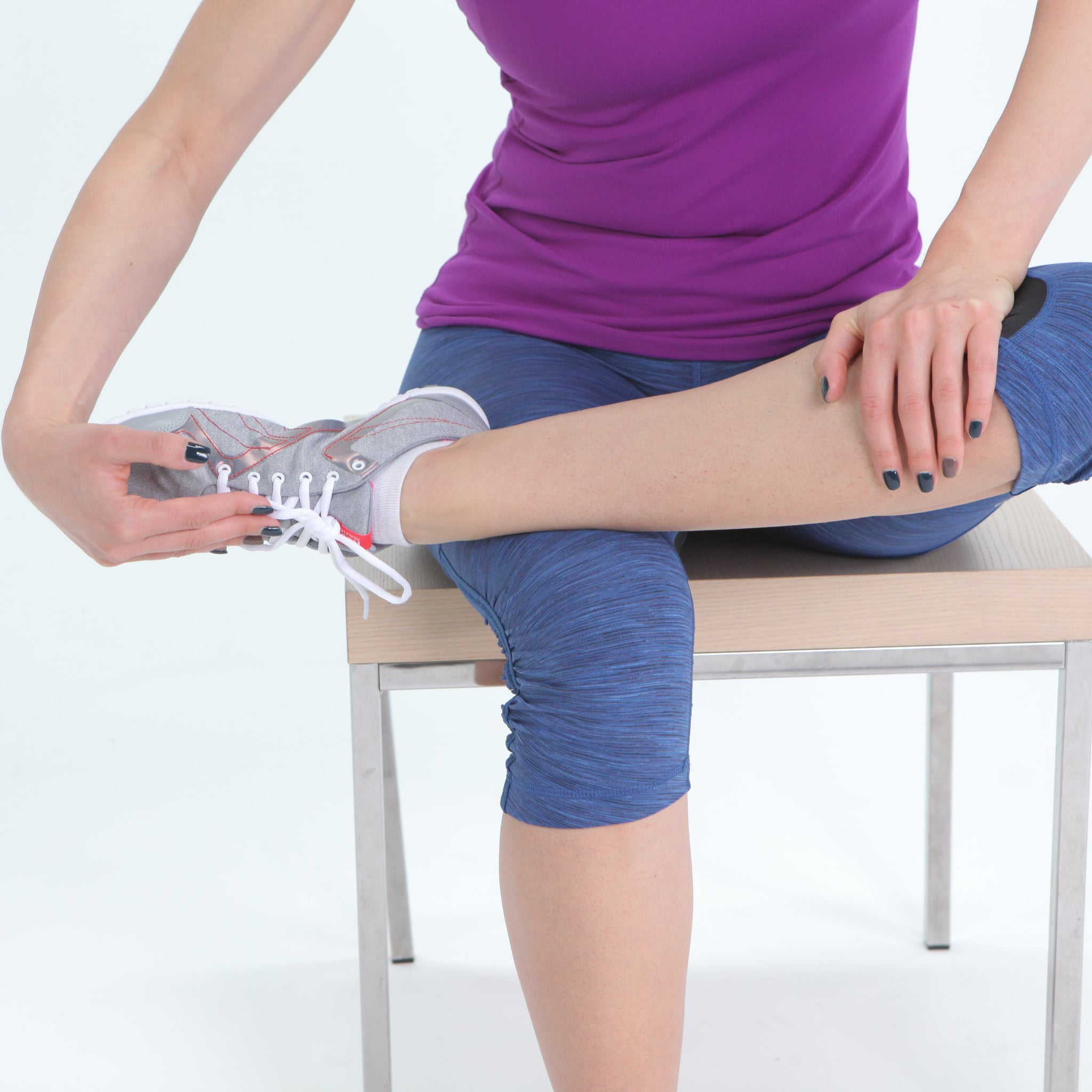 How can a walking cast or boot help with plantar fasciitis?