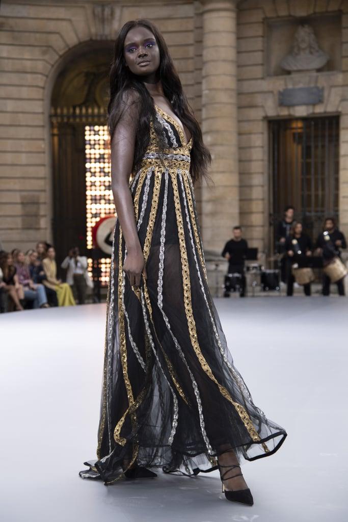 Duckie Thot Walks Le Défilé L'Oréal Paris 2019