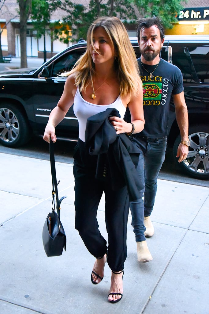 09dacb8ab6bf Jennifer Aniston Casual Outfits