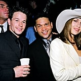 During the show in 1998, Jennifer hung out backstage with Mark Wahlberg and manager Benny Medina.