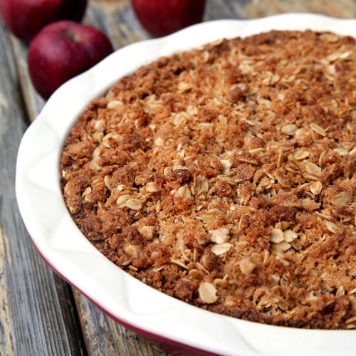 Vegan Apple Coconut Crumble Pie