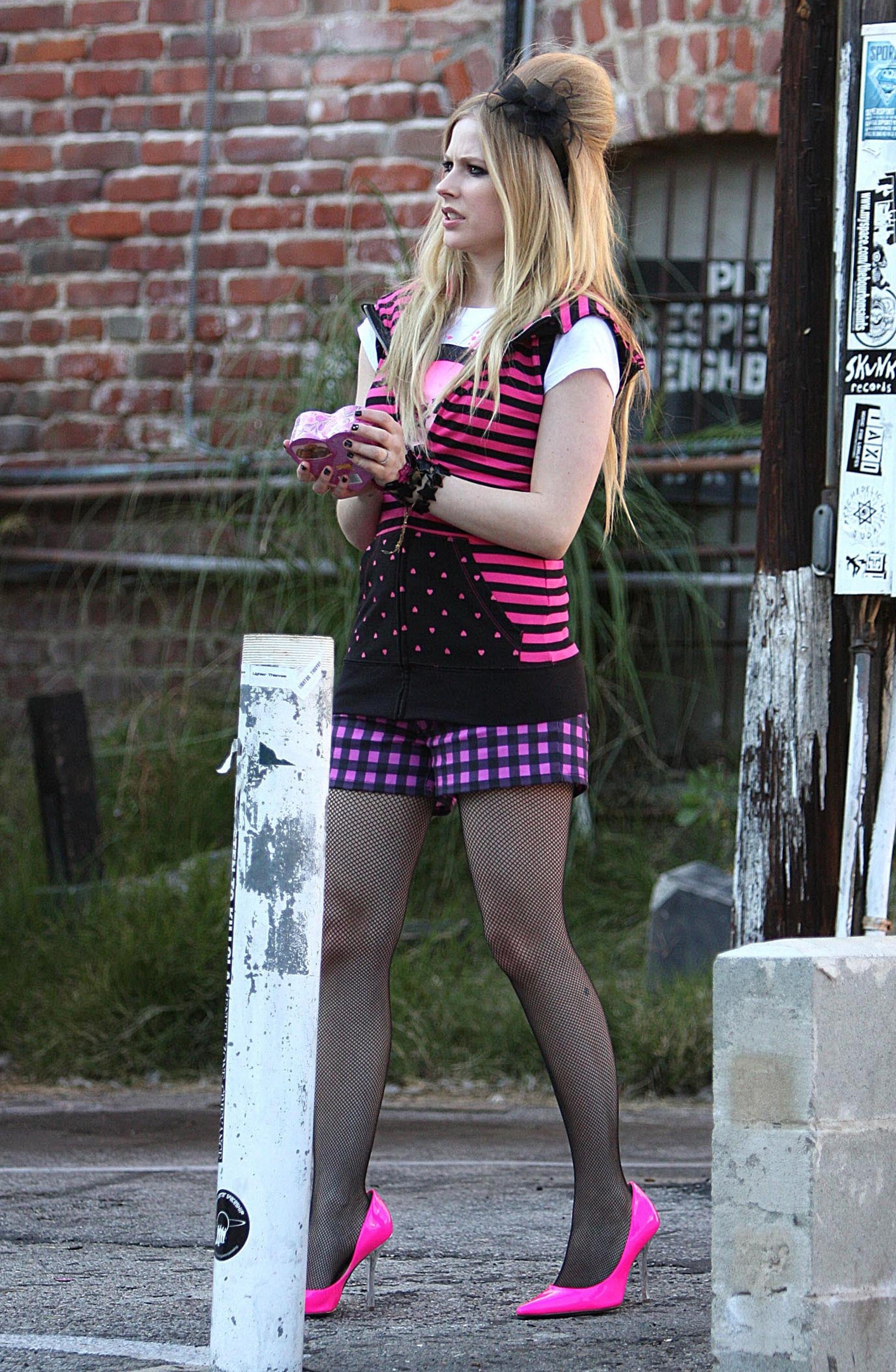 Caption It, Sugar: Avril, Why You Have To Be So