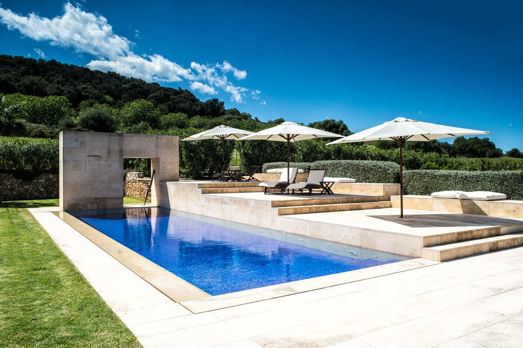 It features a 14 x 4 metre pool.