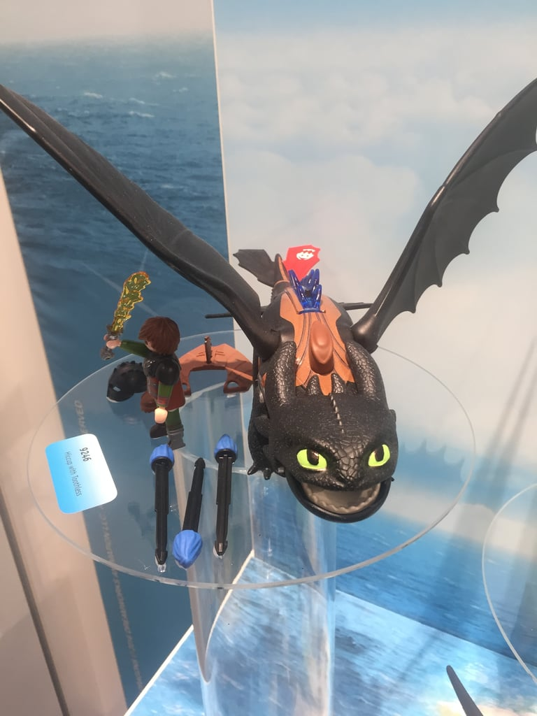 DreamWorks Dragons Hiccup and Toothless Figure