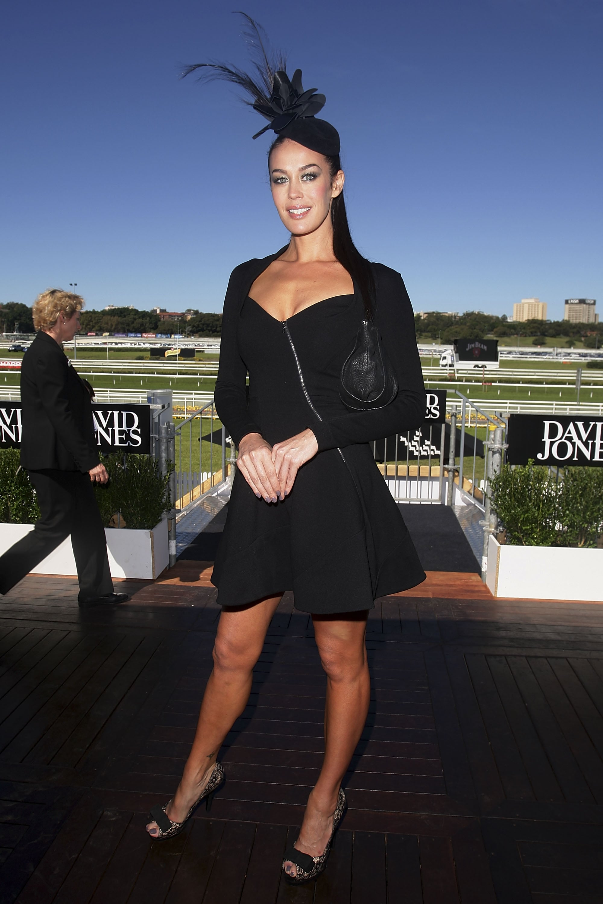 Donning Willow for the Derby Day festival, Megan Gale went all black. She topped off her look with a Nerida Winter head piece.