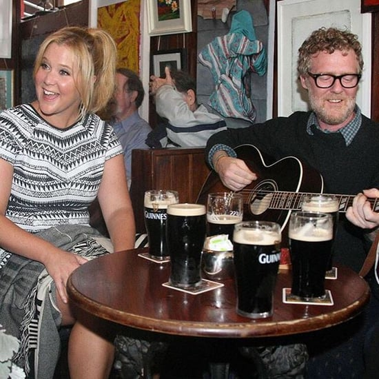 This Video of Amy Schumer Crashing an Irish Wedding Is as Epic as You'd Expect