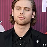 Sexy Luke Hemmings Pictures