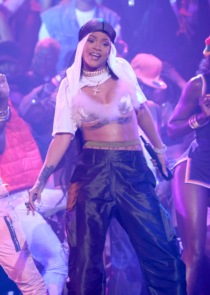See Each and Every Smoldering Beauty Look Rihanna Wore at the MTV VMAs