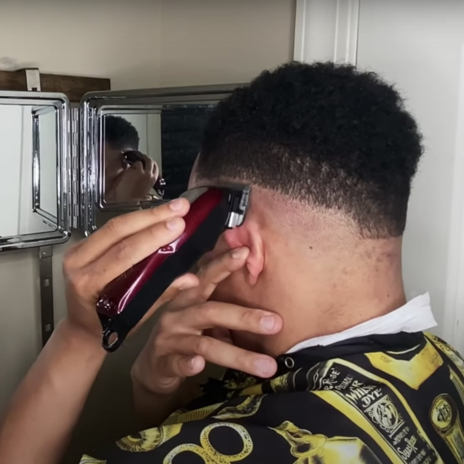A Barber S Tips On Doing A Men S Fade Haircut Popsugar Beauty Australia