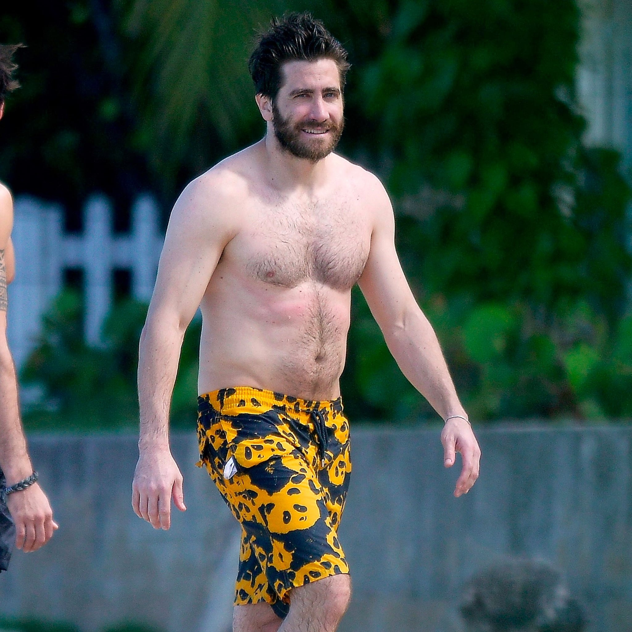 Jake-Gyllenhaal-Shirtless-Pictures.jpg