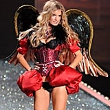 Marisa Miller wore a sexy Queen of Hearts look in 2009.