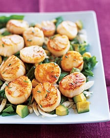 Fast & Easy Dinner: Scallops With Pomegranate-Dressed Salad